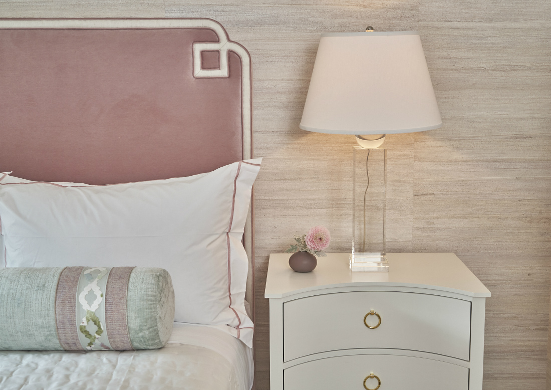 bryn-mawr-pa-interior-design-bed-side-table-lamp