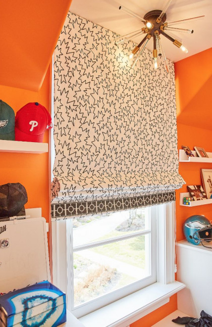 boys-closet-window-treatments-orange-walls-fuller-interior