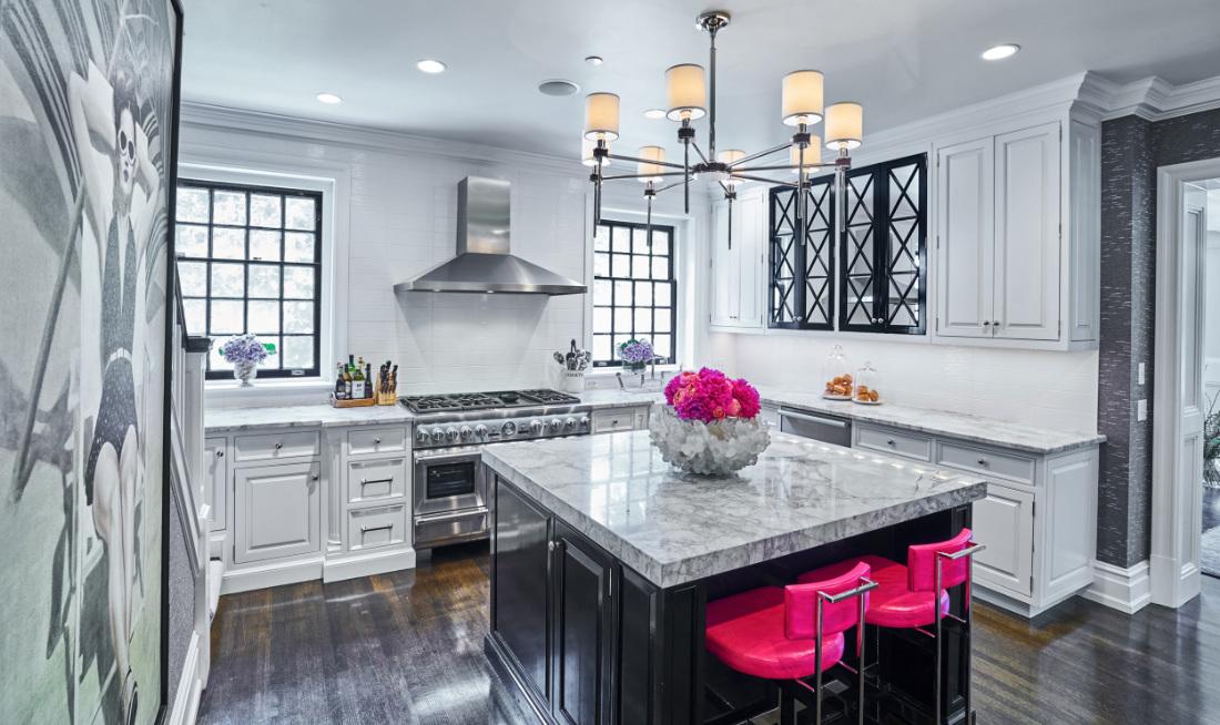 kitchen-hot-pink-stools-marble-island-fuller-interiors