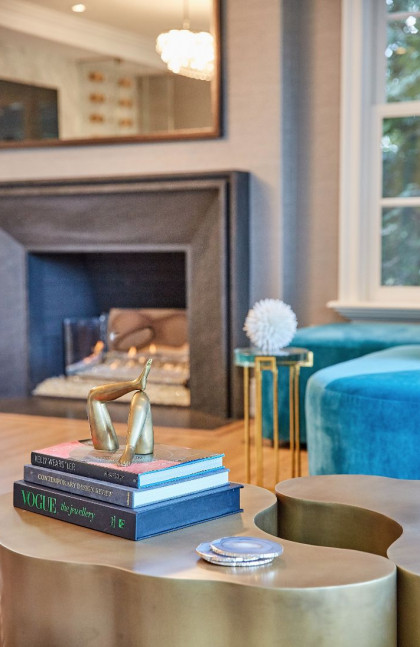 jen-fuller-living-room-accessories-coffee-table-books