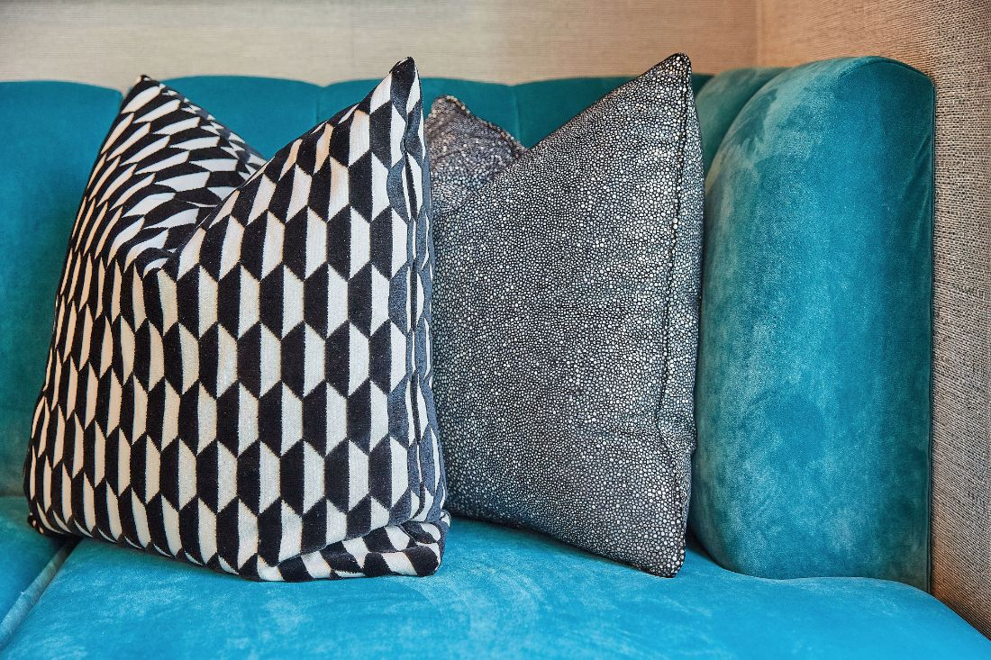 teal-couch-throw-pillows-detail-interior-design